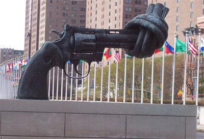 U.N. ''Gun Control'' Statue