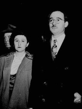 The stoically traitorous American Communists: Julius & Ethel Rosenberg.