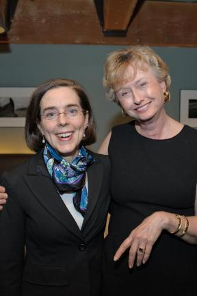 """Oregon's new """"openly bisexual"""" rabidly pro-abortion Governor-ette, Kate Brown...LEFT."""