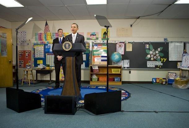 obama teleprompter 6th graders