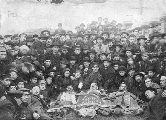 Bund members and pogrom victims in Odessa, 1905
