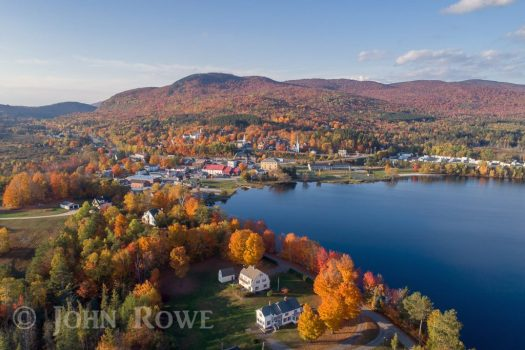 Fall foliage in Island Pond Vermont