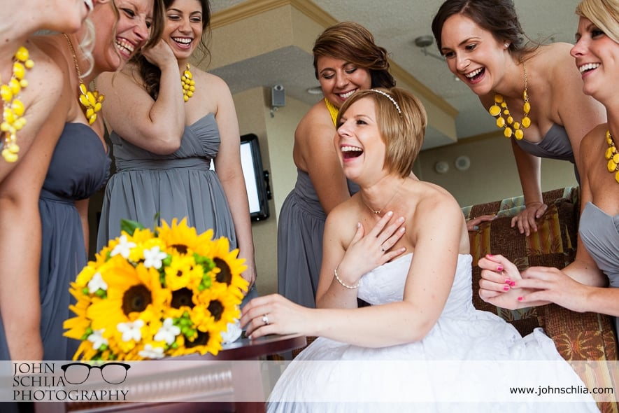 09-wedding-yellow-accents
