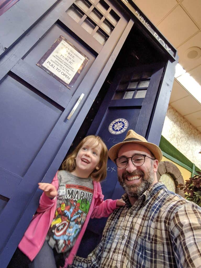 john schlia and his daughter in the tardis