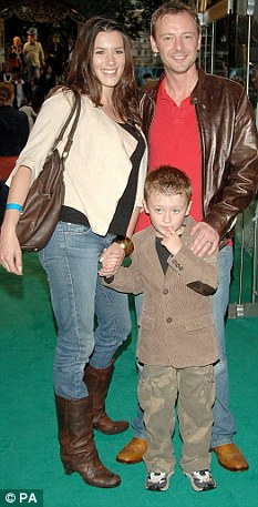 Family Guy: Simm, his wife Kate Magowan and their son Ryan attend a UK film premiere in 2007