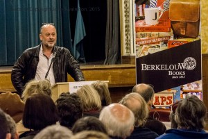 berkelouw-flannery-atmposphere-of-hope-sept-1st-2015-petersham_JDS2099