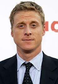 Out of the Box Choice: Alan Tudyk