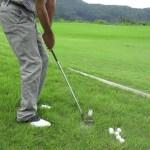 ゴルフ PWの前下がりのラフからアプローチ #スポーツニュース #followme