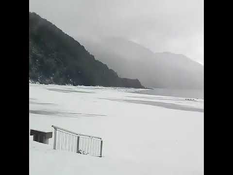 南米チリで異常な降雪により湖が凍結 #トラベル #旅行 #followme