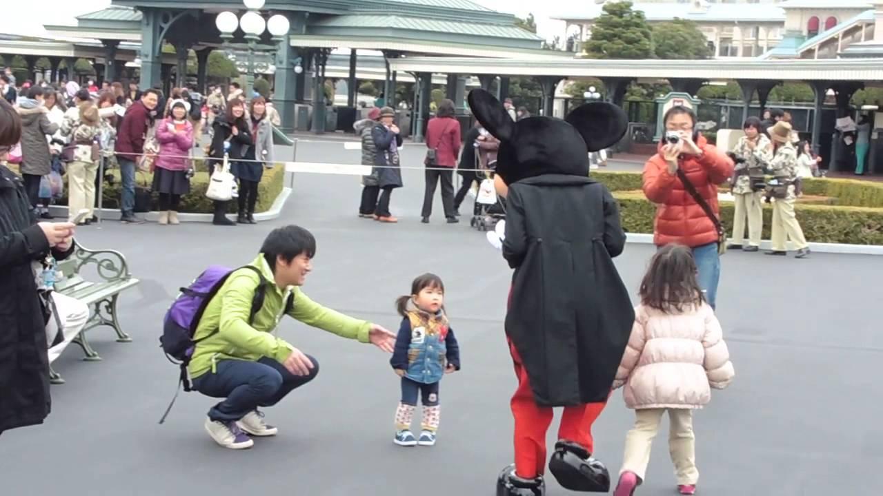 3/15東京ディズニーランド☆グリーティングに向うミッキーマウス #ディズニー #Disney #followme