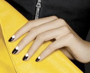 nails - b&w