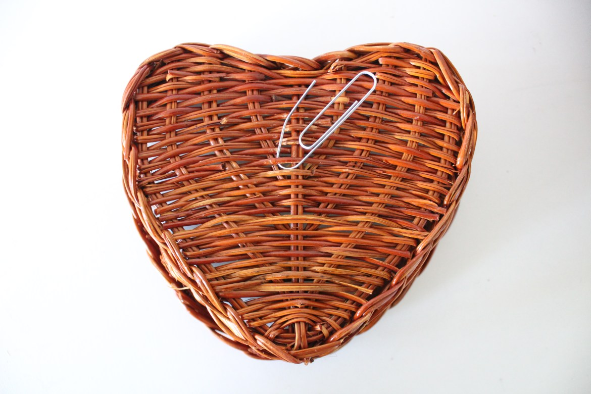 The paper clip method and other hacks for creating your own basket wall decor