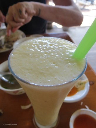 Pineapple, passion fruit and lime shake