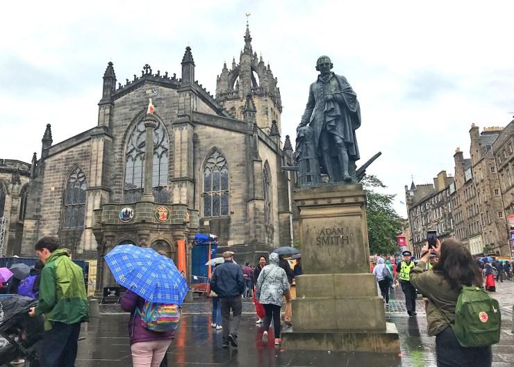 愛丁堡Edinburgh:亞當·斯密(Adam Smith)為蘇格蘭哲學暨經濟學家。