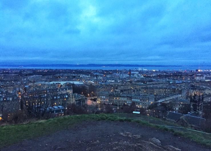 愛丁堡Edinburgh:卡爾頓山的夜景也很迷人。