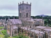 威尔士:全英最小城市圣戴维斯、世界最美库姆堡、莎士比亚故乡|5日深度游