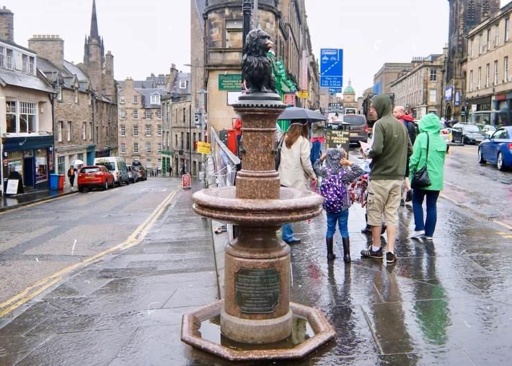 愛丁堡Edinburgh:忠犬巴比紀念碑 Greyfriars Bobby