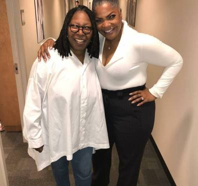 """Must See: Mo'Nique Continues Netflix Boycott Debate at 'The View'+Gets Schooled By Whoppi Goldberg Over Precious/Blackball Fiasco """"It's Your Obligation To Promote"""""""