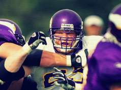 Brock Lesnar is blocked by a defender in training camp for the minnesota vikings