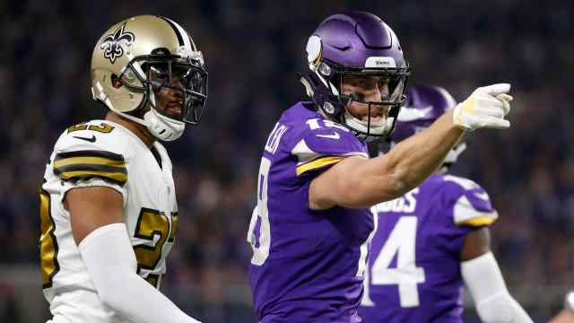 Adam Thielen and more Week 12 Sneaky Plays for Your Daily Fantasy Football Lineup