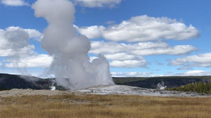 Yellowstone NP Old Faitful