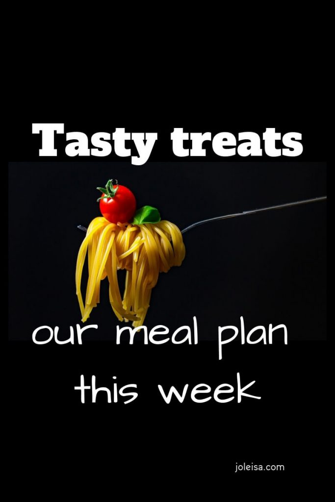Our meal plan this week was simple but we also had some tasty treats this week. See how we make an easy fish pie to last for several meals. Pin for later.