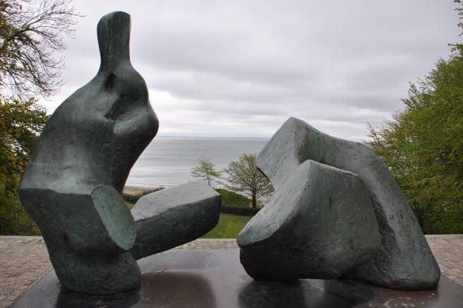 Sculpture d'Henry Moore, au musée Louisiana ©Joli.Voyage