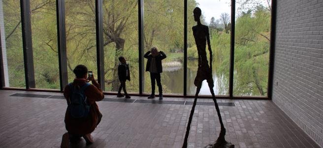 Le musée Louisiana, niché dans un écrin vert ©Joli.Voyage