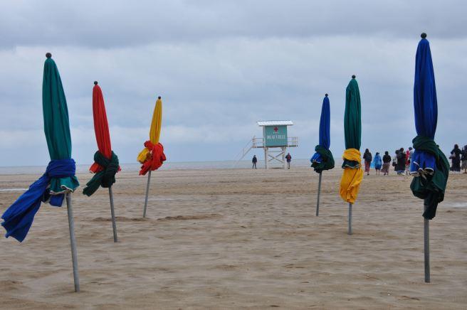 La plage de Deauville. ©Joli.Voyage