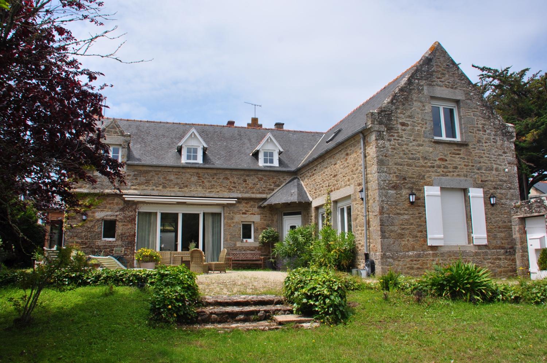 Le Cottage Santa Teresa, à Saint-Lunaire, a la cote