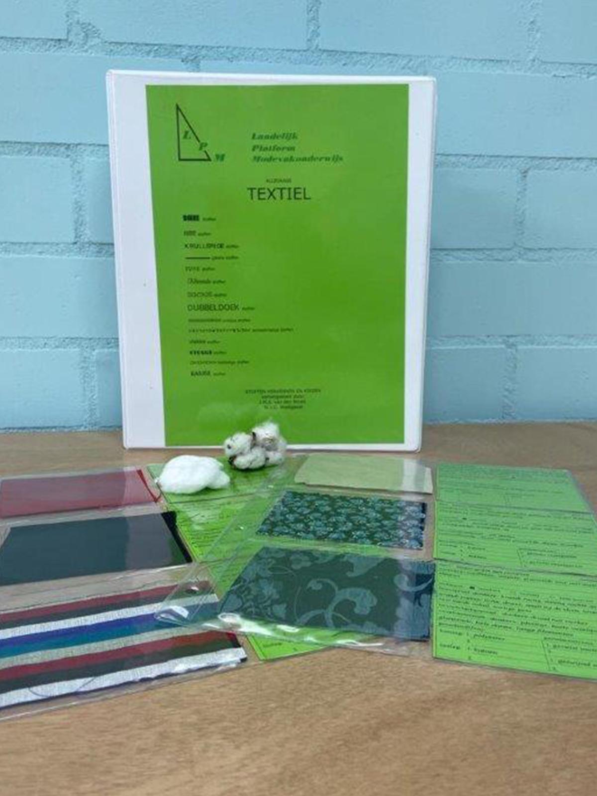 jolien-maakt-mode-textielwarenkennis-textielboek