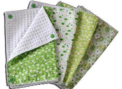 Lot essuies tout lavables, motifs vert fleurs