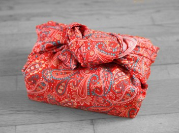furoshiki arabesque rouge