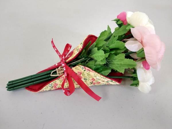 porte bouquet rouge vue de face