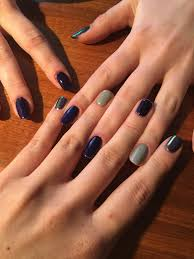 Qu'est ce que les vernis à ongles semi-permanent ?