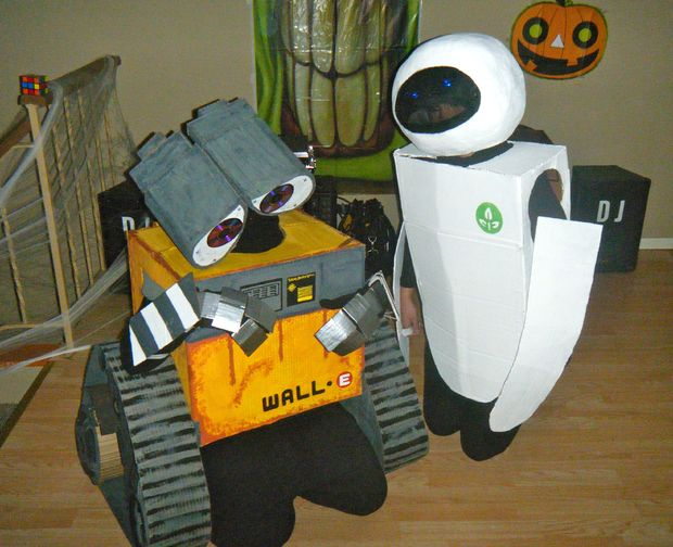 Wall-e and Eve Halloween Costume