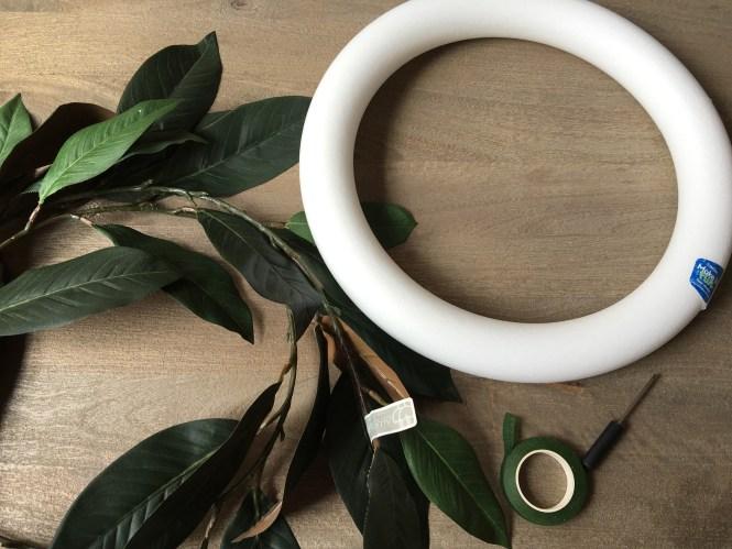DIY fixer upper magnolia leaf wreath