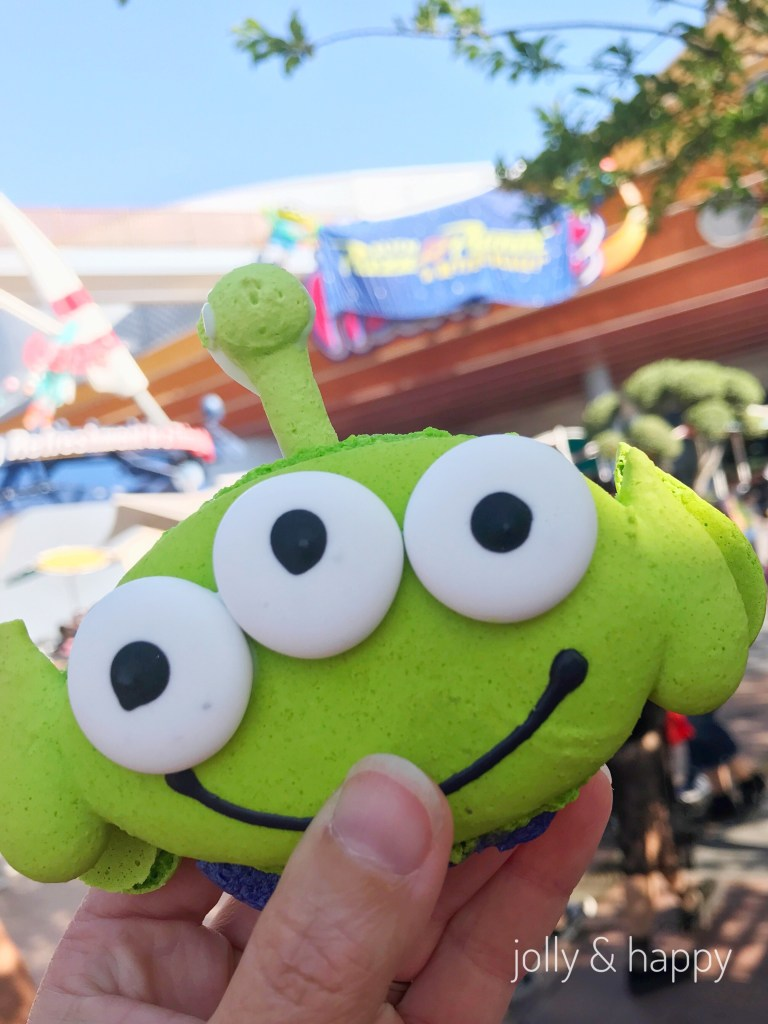 Alien Macaron at Disneyland Pixar Fest