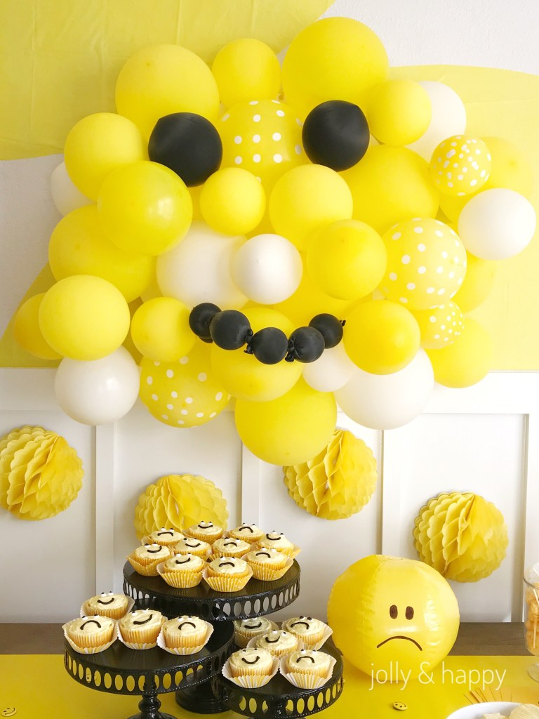 smiley face ballon cluster party backdrop