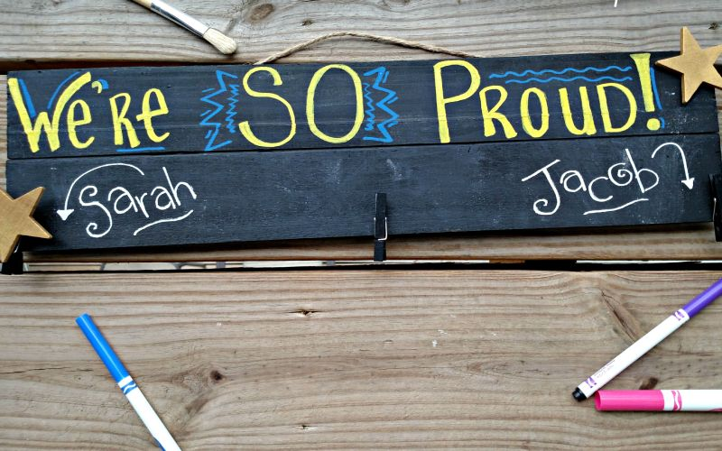 Make a Pallet Blackboard Student Work Brag Board