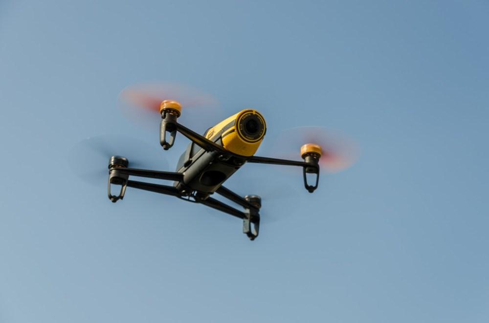Parrot Bebop Drone beim Flug