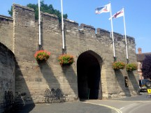 Entrance to Warwick Castle