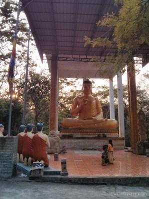 Battambang - killing cave buddha 2