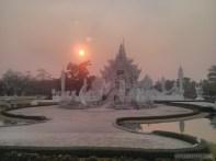 Chiang Rai - white temple 8