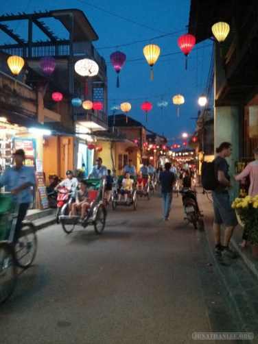 Hoi An - line of pedicabs