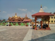 Inle Lake - Phaung Daw Oo 4