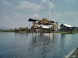 Inle Lake - boat tour floating village 1