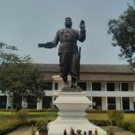 Luang Prabang - Royal Palace King Sisavangvong statue