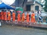 Luang Prabang - alms ceremony 4