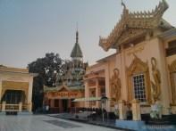 Mandalay - Mahamuni Budhha temple 2